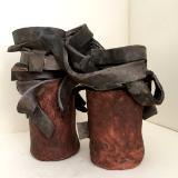 Entangled, black oxide ceramic